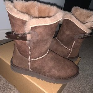 UGG BOOTS Chocolate size 7